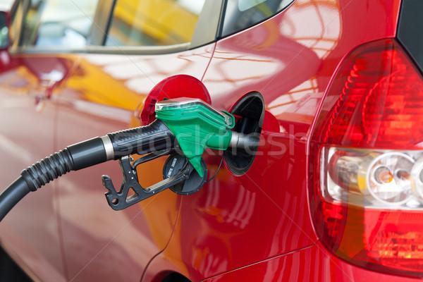 Rood auto tankstation deur energie macht Stockfoto © gsermek