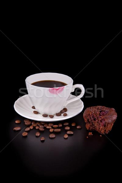 Chaud tasse de café rouge à lèvres rouge muffin noir rouge Photo stock © gsermek
