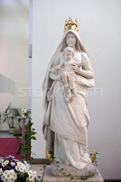 Statue of virgin Mary with baby Jesus Stock photo © gsermek