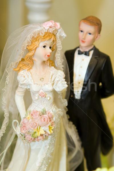 Menyasszony vőlegény esküvői torta dísz étel esküvő Stock fotó © gsermek