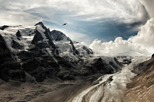 Montanhas ver nuvens paisagem verão viajar Foto stock © Gudella