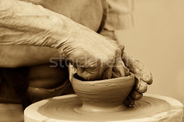 çanak çömlek el çalışmak sanat parmak Stok fotoğraf © guffoto