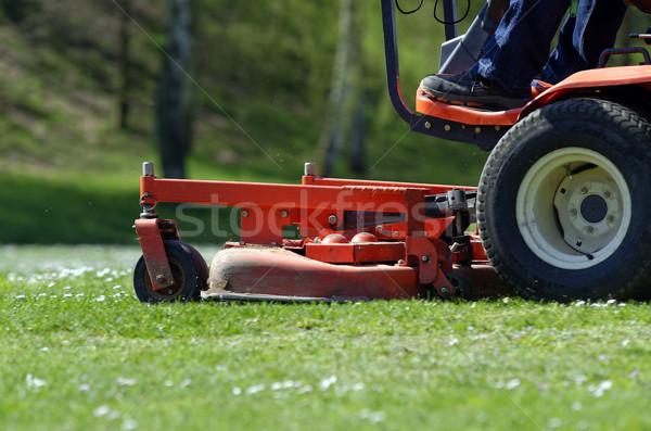 Fű munkás gép traktor kertészkedés vág Stock fotó © guffoto