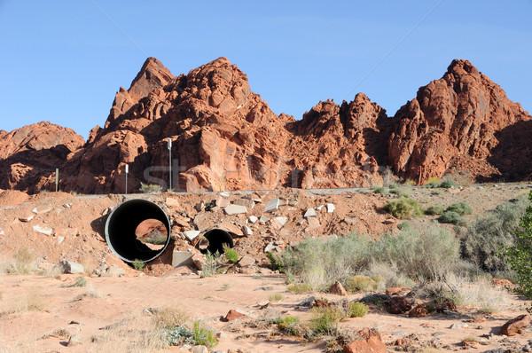 砂漠 洗浄 水 道路 オレンジ 砂 ストックフォト © gwhitton