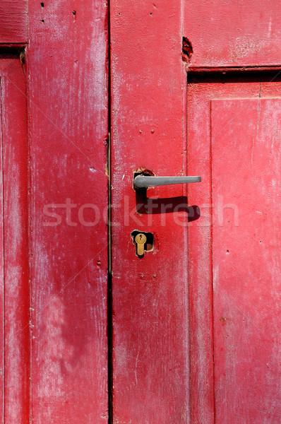 赤 ドア 古い 木製 金属 ハンドル ストックフォト © hamik