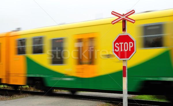 Mover trem rápido amarelo ferrovia Foto stock © hamik