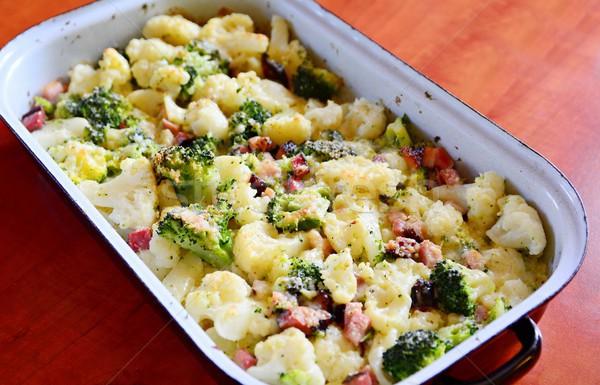 Couve-flor brócolis parmesão peças bacon Foto stock © hamik