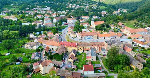 Ver aldeia topo colina centro muitos Foto stock © hamik
