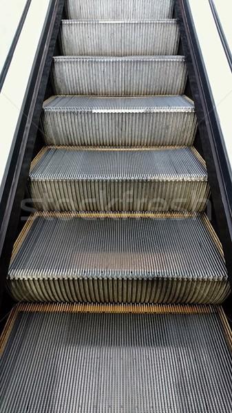 Yürüyen merdiven adımlar Metal inşaat teknoloji Stok fotoğraf © hamik