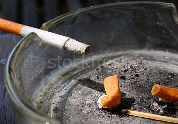 Sigara küllük sağlık sigara içme beyaz Stok fotoğraf © hamik