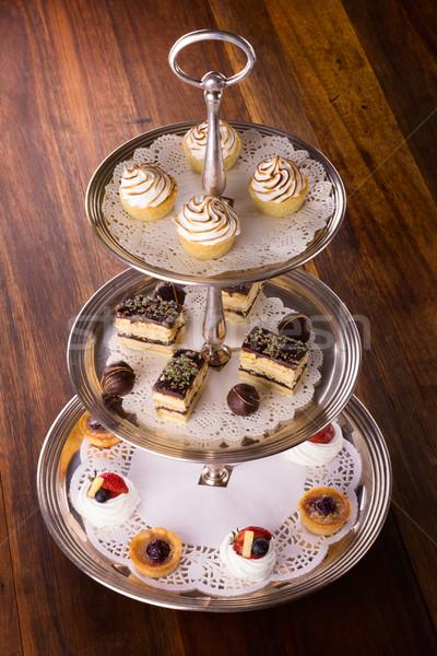 Lezzetli tatlı tatlılar hizmet gümüş kek Stok fotoğraf © handmademedia