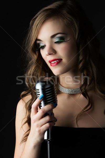 Güzel kadın şarkıcı kafkas kız Stok fotoğraf © handmademedia