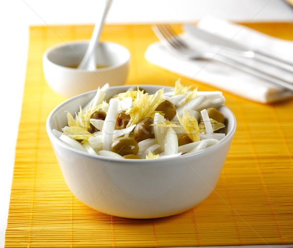Hagyma salátástál saláta olajbogyók méz étel Stock fotó © hansgeel