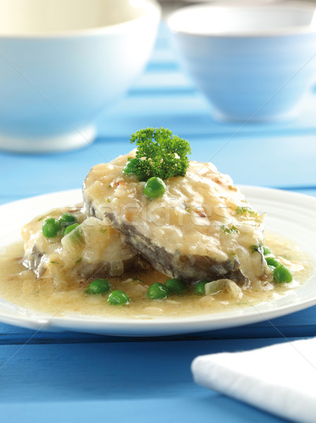Hagyma mártás zöld zöldborsó hal kék Stock fotó © hansgeel