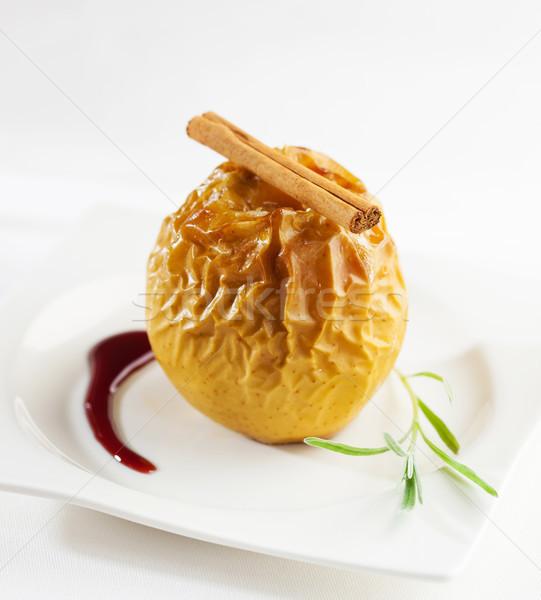 Sült alma desszert fahéj rúd stock Stock fotó © hansgeel