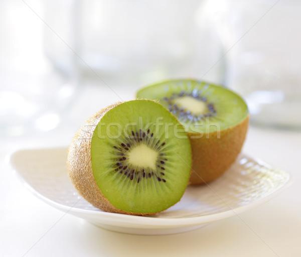 Kiwi edény kettő konyhaasztal zöld fehér Stock fotó © hansgeel