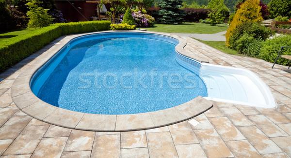 Zwembad tuin huis gelukkig zomer Blauw Stockfoto © hanusst
