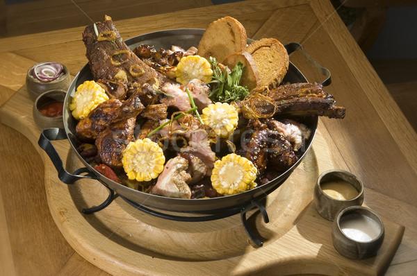 Viande grillée bois plaque maison santé Photo stock © hanusst