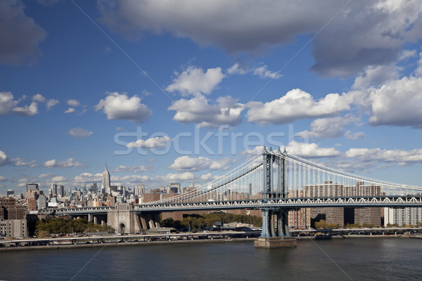 The New York City skyline w Manhattan Bridge Stock photo © hanusst