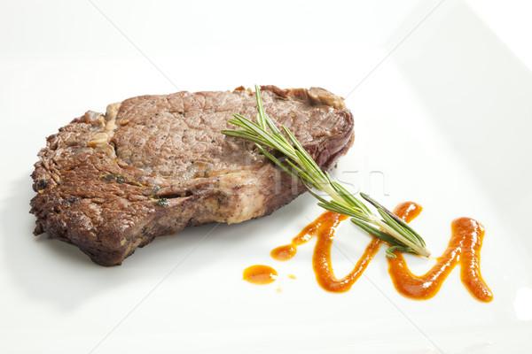 Gegrild lendenen biefstuk rosmarijn saus voedsel Stockfoto © hanusst