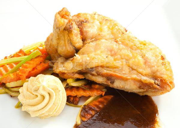 ızgara tavuk meme kanat baharatlı sos sebze Stok fotoğraf © hanusst