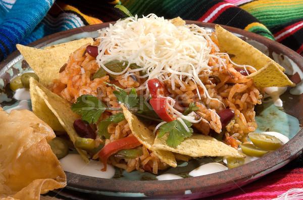 Mexicaanse risotto bonen tortilla chips vis Stockfoto © hanusst