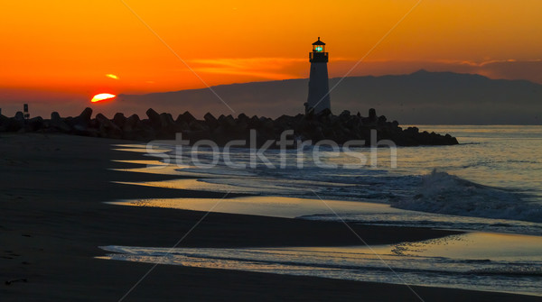 Phare rive matin plage maison Photo stock © hanusst