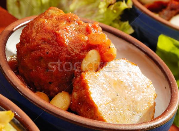 Carne salsa feijões restaurante verde Foto stock © hanusst