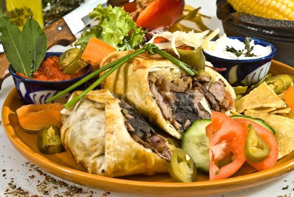 Tacos carne de porco carne cogumelos comida queijo Foto stock © hanusst