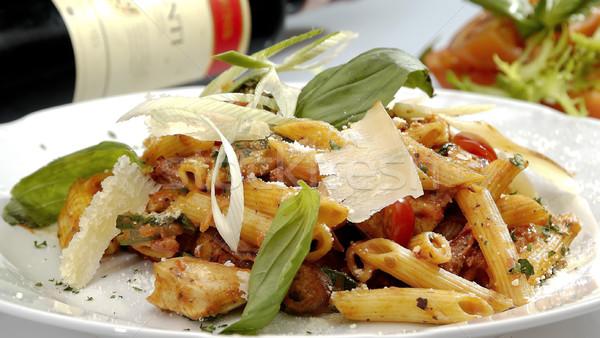 Italien pâtes poulet pièces épinards restaurant Photo stock © hanusst