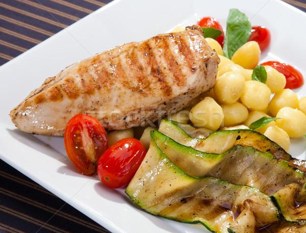 Grillcsirke mell grillezett padlizsán olasz étel Stock fotó © hanusst