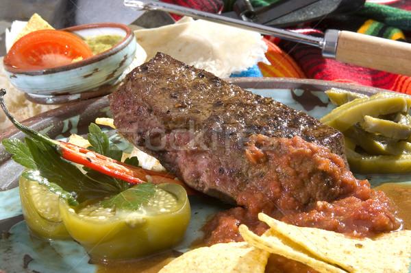 Pörkölt rövid vesepecsenye salsa tortilla sültkrumpli Stock fotó © hanusst
