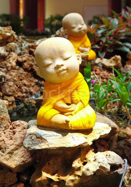Pop klei monnik gebruikt tuin Stockfoto © happydancing