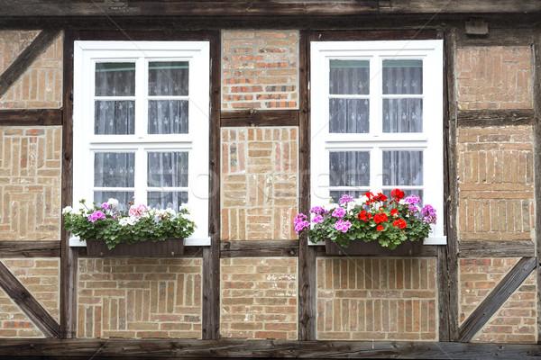 Windows huis stad Duitsland bloemen stad Stockfoto © haraldmuc