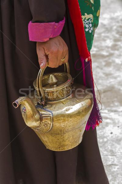 Stockfoto: Vrouw · thee · pot · hand · drinken · melk