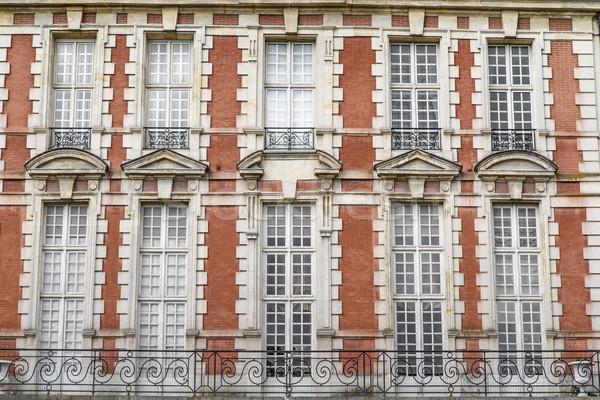 Tipikus párizsi építészet Franciaország belváros Párizs Stock fotó © haraldmuc