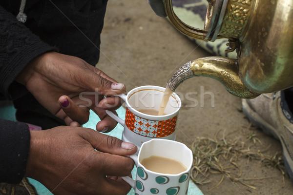 Stockfoto: Vrouw · thee · melk · Indië