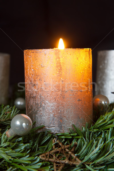 Advento coroa um ardente vela Foto stock © haraldmuc