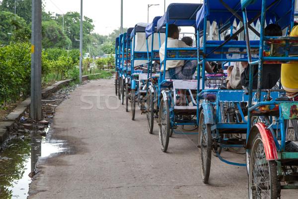 Delhi Inde vieux rue bleu vélo Photo stock © haraldmuc