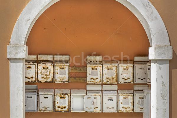Oude roestige metaal Griekenland muur vak Stockfoto © haraldmuc