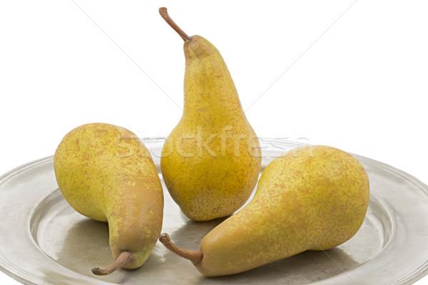 üç olgun armut kalay plaka meyve Stok fotoğraf © haraldmuc