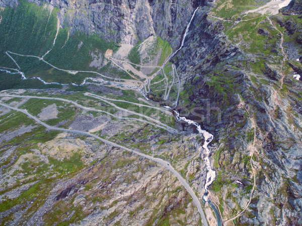 Boven luchtfoto berg weg Noorwegen populair Stockfoto © Harlekino