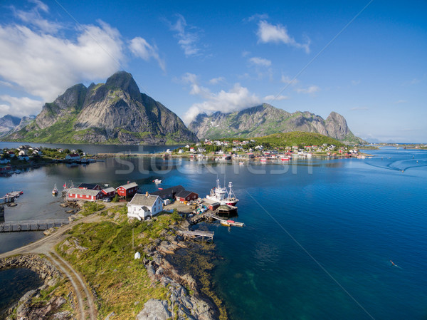 Eilanden adembenemend luchtfoto schilderachtig stad Noorwegen Stockfoto © Harlekino