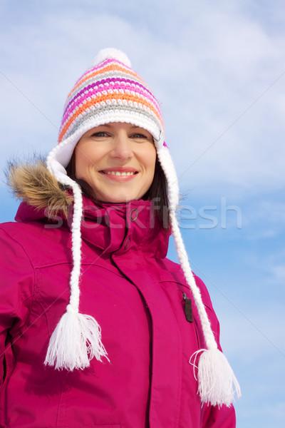 Stok fotoğraf: Gülen · kız · kış · elbise · genç · kadın