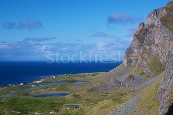 Norvég tengerparti sziklák festői sziget víz Stock fotó © Harlekino