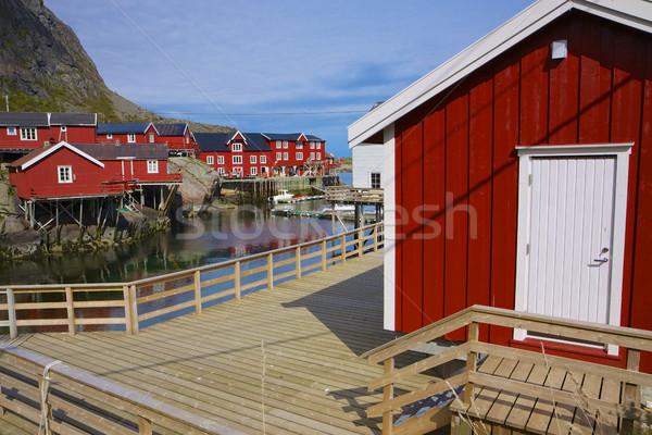 Vermelho pescaria típico Noruega aldeia Foto stock © Harlekino