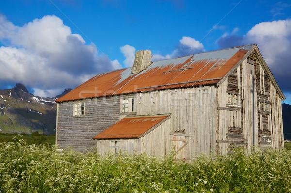 Old farmhouse Stock photo © Harlekino
