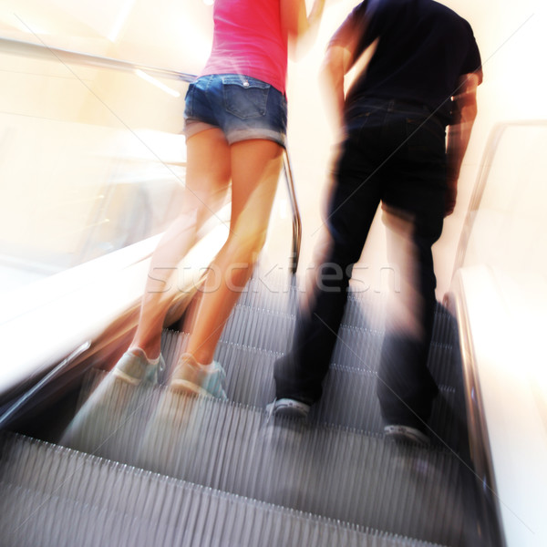 Couple escalator floue gens méconnaissable mouvement Photo stock © Hasenonkel