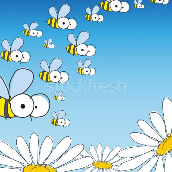 Bee Daisy весны прибыль на акцию небе продовольствие Сток-фото © HelenStock