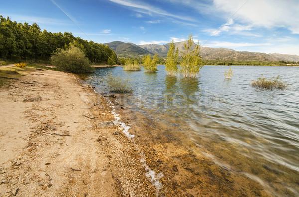 живописный мнение спокойный озеро деревне Мадрид Сток-фото © HERRAEZ